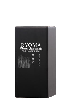 rhum-japon-ryoma-etui-gauche.jpg