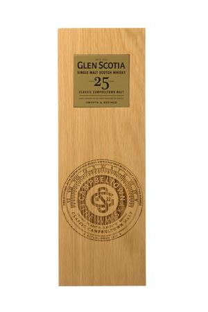 whisky-ecosse-campbeltown-glen-scotia-25-ans-etui-face.jpg