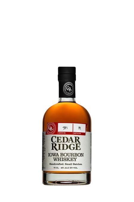 whisky-usa-cedar-ridge-iowa-bourbon-whiskey.jpg